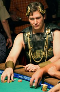 phil hellmuth ceasar costume wsop main event entrance fancy dress